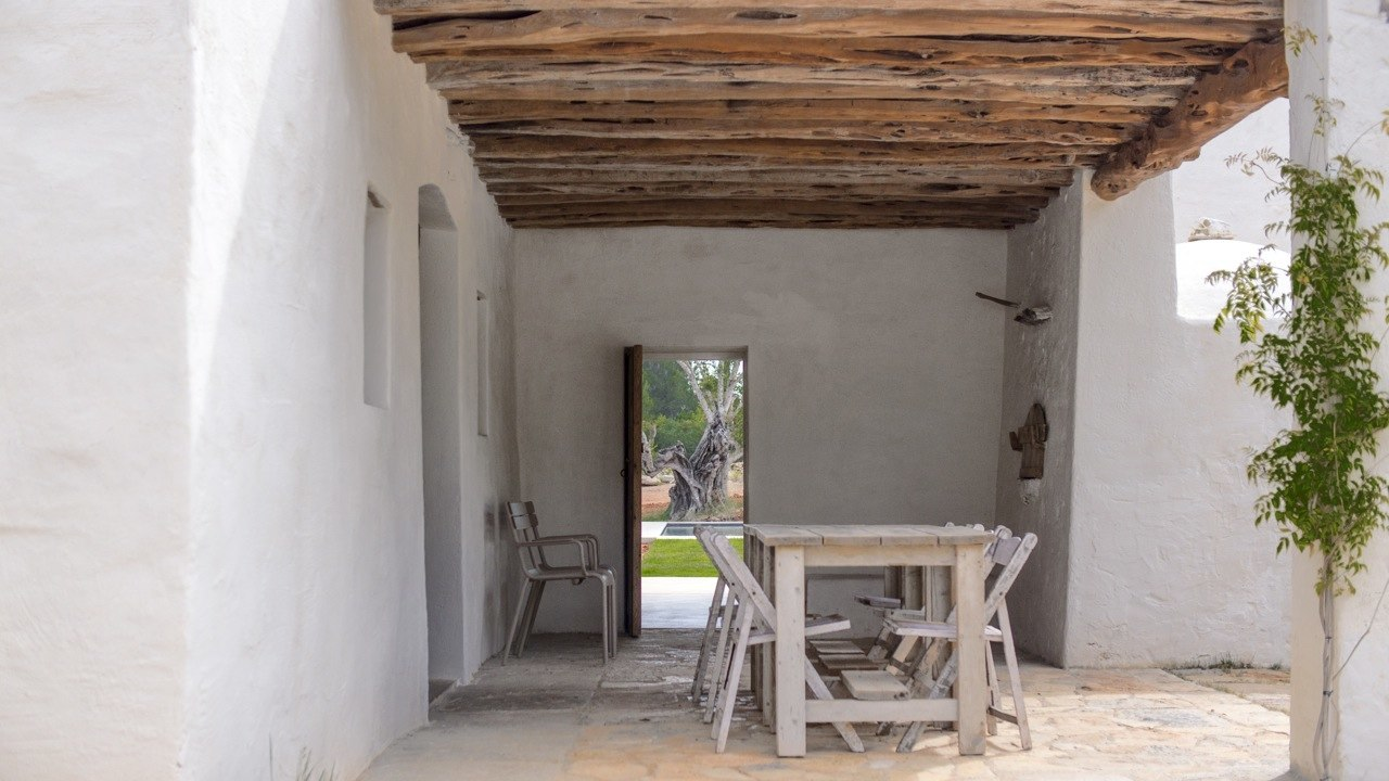 Kelosa-05-Ibiza-Santa-Eulalia-Charming-reformed-finca–near-Morna-Valley