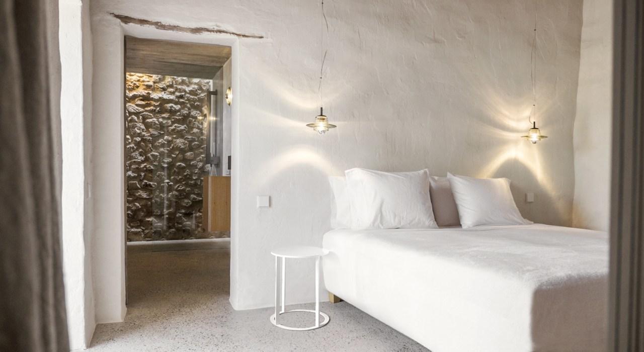 Kelosa-10-Ibiza-Santa-Eulalia-Charming-reformed-finca–near-Morna-Valley